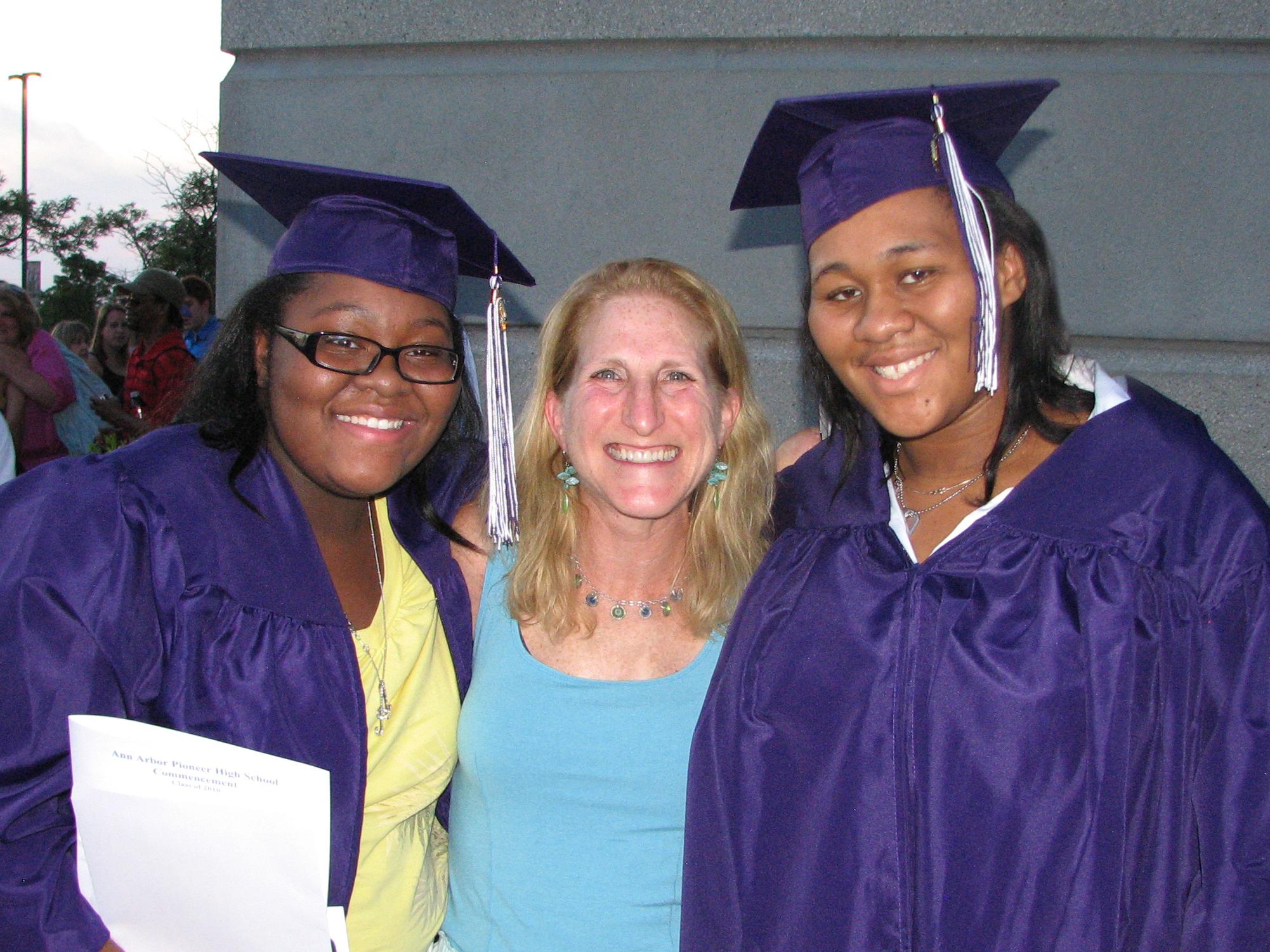 Graduates and Sue